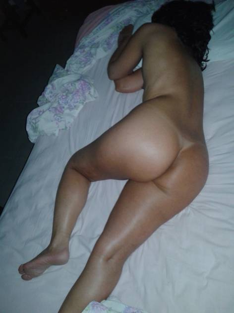 More night time perving on dreaming milf